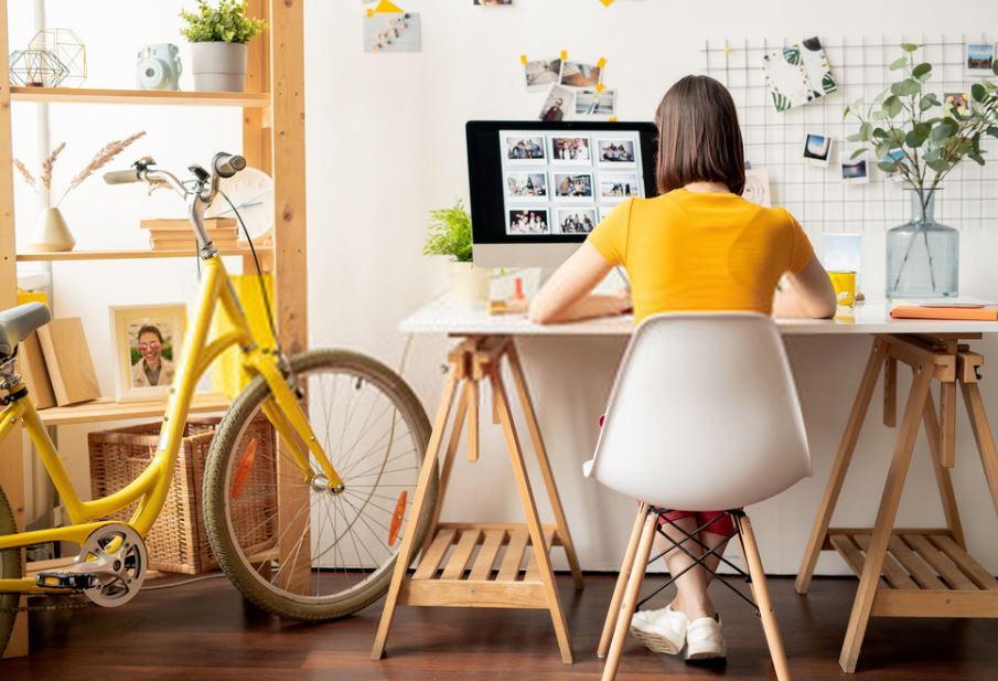 How to Effectively Turn Your Home Office into a Business